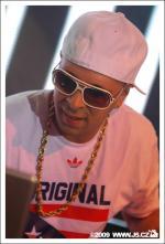 https://images.j5.cz/system/0000/0023/22959_l--seznam-mobile__tony-toca-toto-je-hip-hop-09.jpg